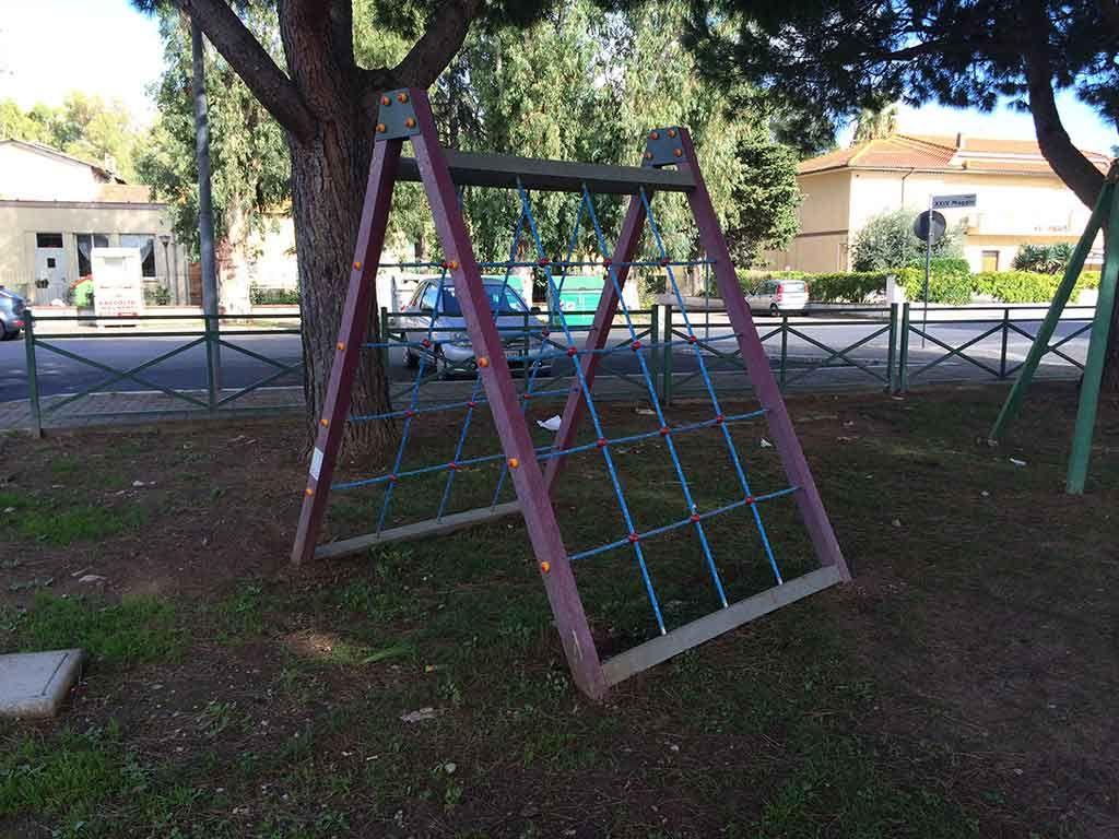 Arrampicatoio in Strongplast, installato presso il Comune di Terracina
