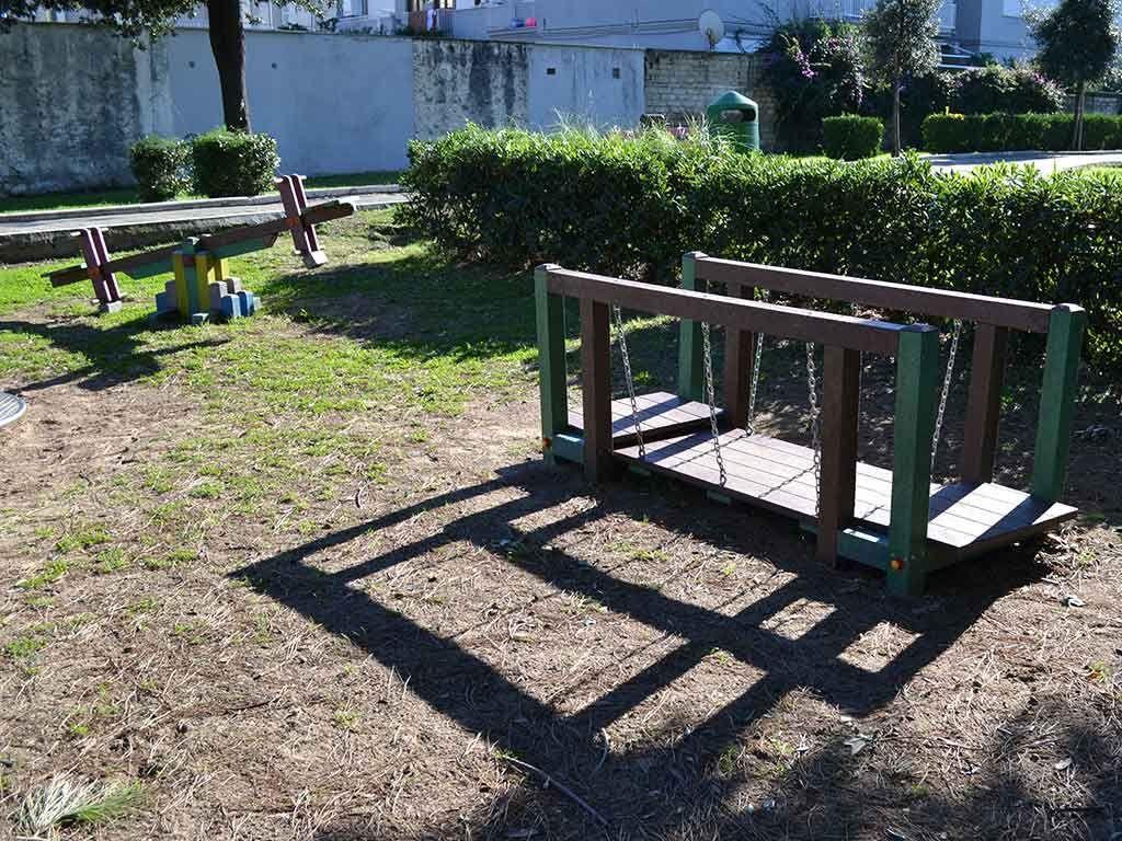 Ponte mobile e bilico in Strongplast, installati nel Comune di Terracina
