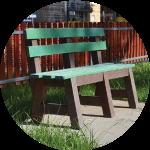 Panchine e tavoli