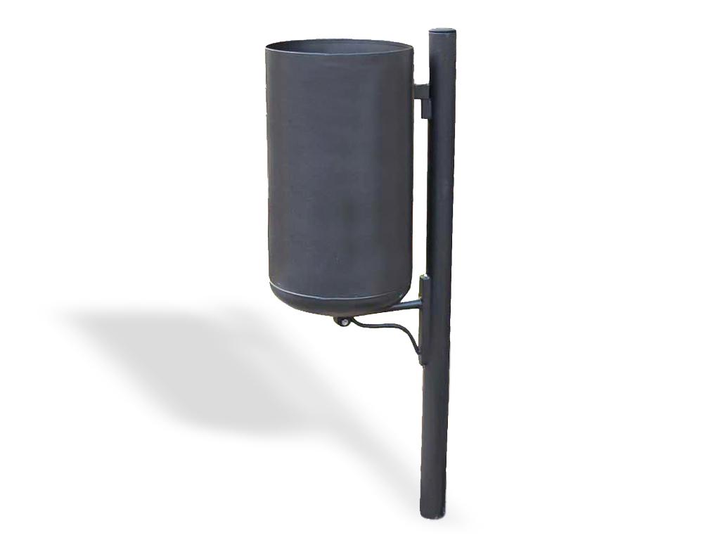 Cestino Marinetti singolo con paletto in acciaio e mensola in acciaio tipo A