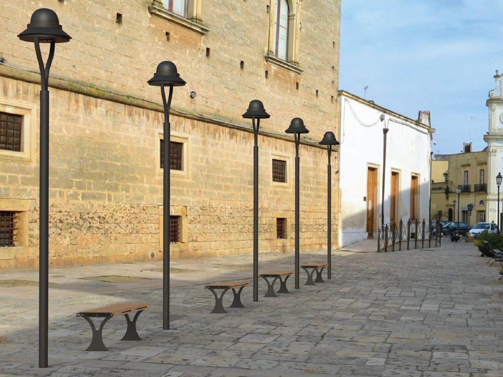 Illuminazione da palo: ostia pali dell illuminazione nei vasi da