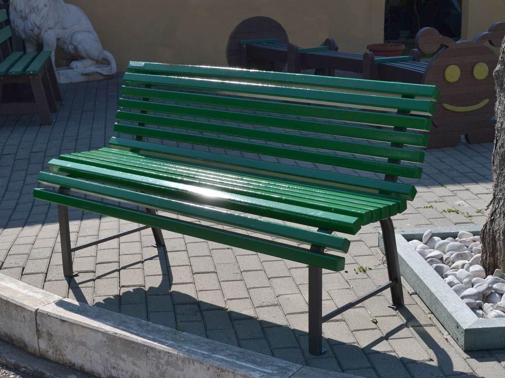Panchina tipo MILANO con listoni in legno