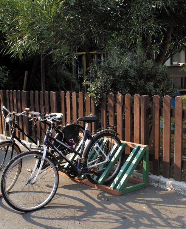 Rastrelliera porta bici 5 posti in Strongplast - plastica riciclata